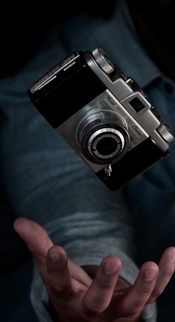 Medium page camera